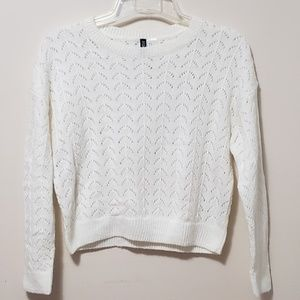 H&M DIVIDED Knit Pullover Size Small